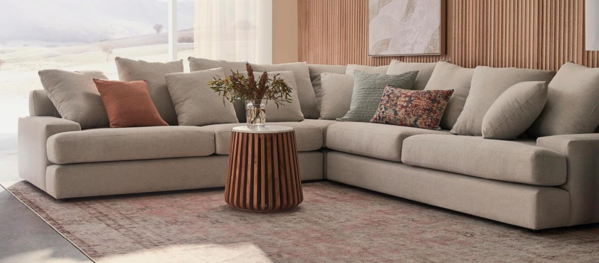 Freedom Furniture   Using Social to Drive Ecommerce