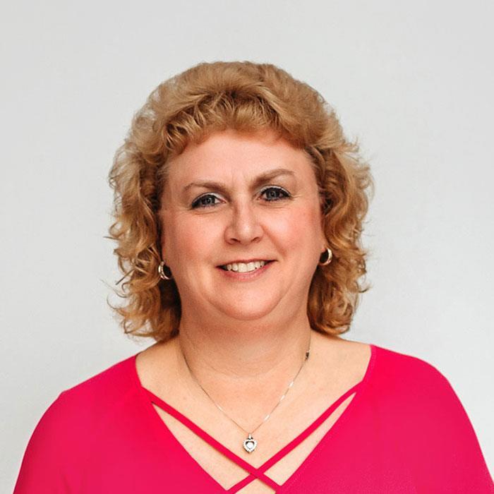 Janet  Sefakis
