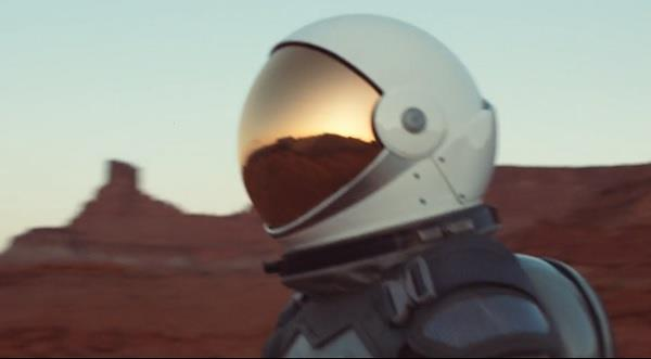 SelectHealth - Astronaut