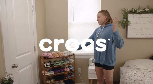 Crocs - Lily King Fan Girl