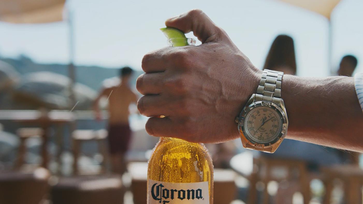 Corona: A Corona Get its Lime