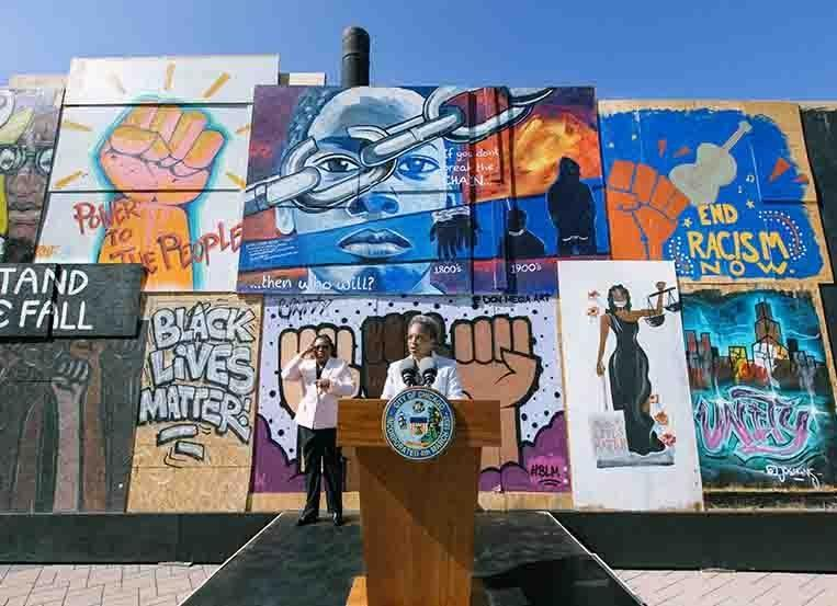 """Mayor Lightfoot Launches """"Boards of Change"""" by FCB"""