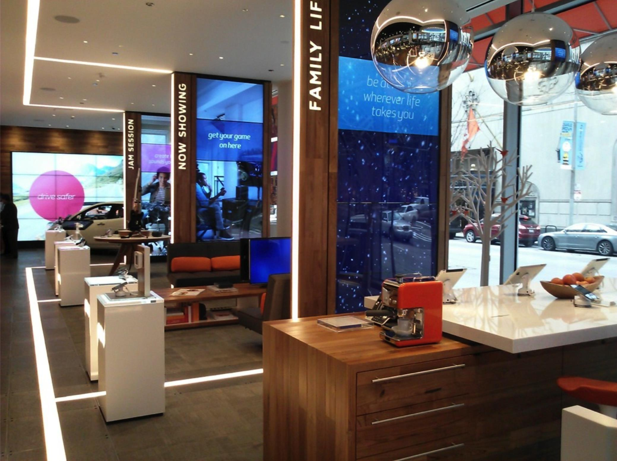 AT&T Flagship Store of The Future