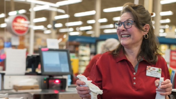 Hannaford Supermarkets: Community